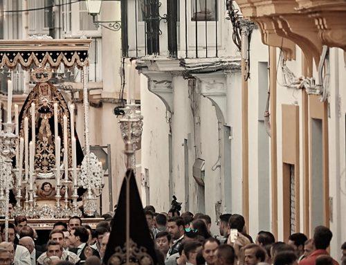 Un amplio cortejo de hermanos y devotos acompañará a la Imagen de Nuestra Señora de los Dolores en sus traslados