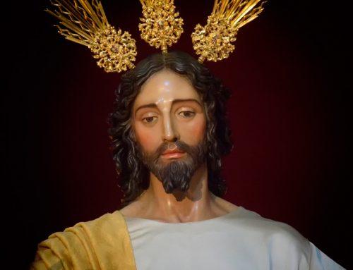 La Hermandad de la Sagrada Resurrección concede su Insignia de Oro a la Imagen de Nuestra Señora de los Dolores